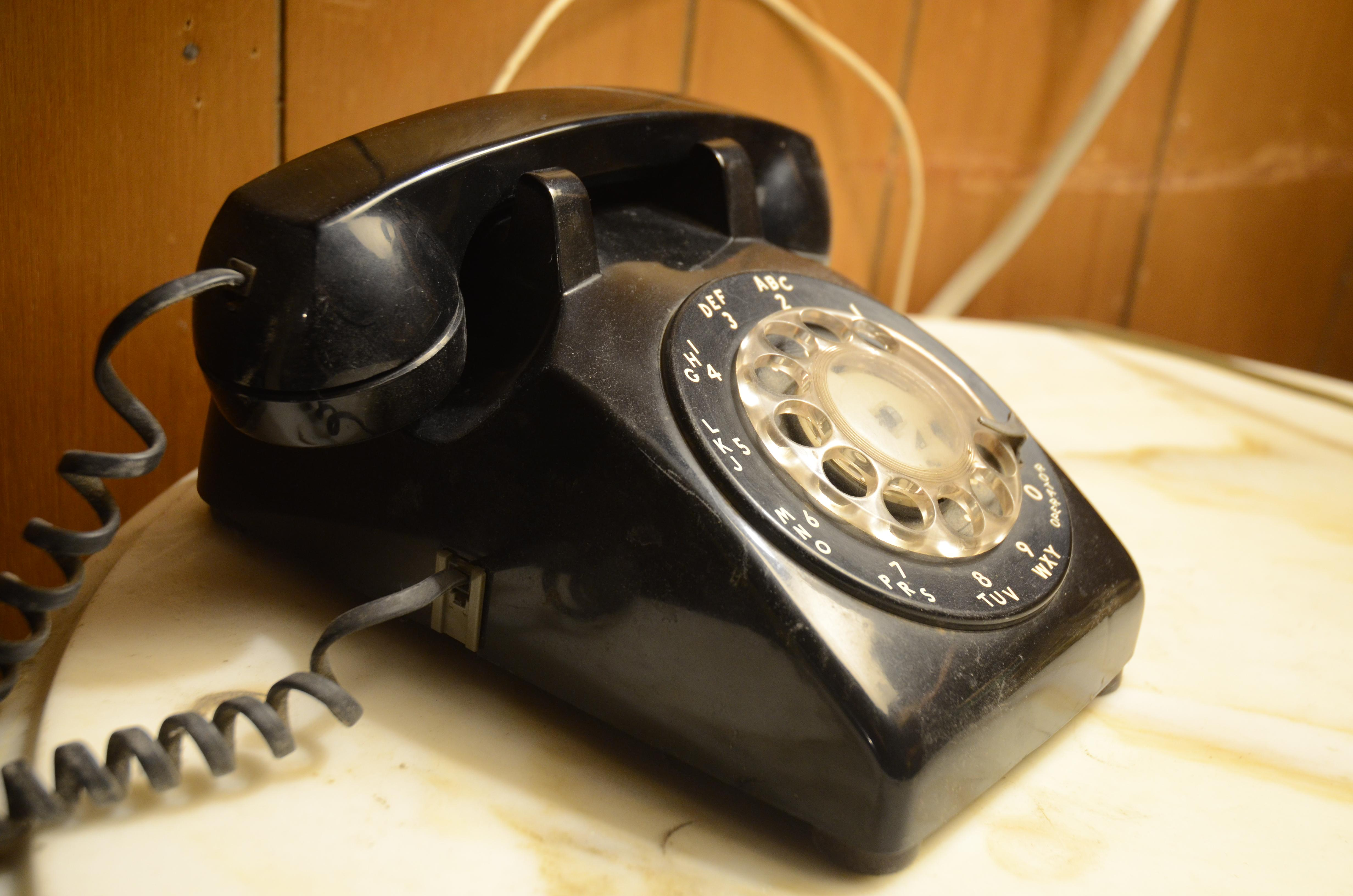 Phone scammers target Mishawaka, Elkhart residents