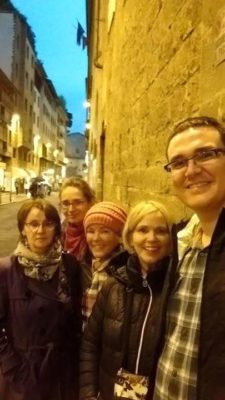 Florence was just as beautiful by night as by day. From right: Eva, Marie, Shelly, Doni and Joe.