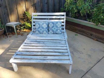Rustic double wood chaise. 15
