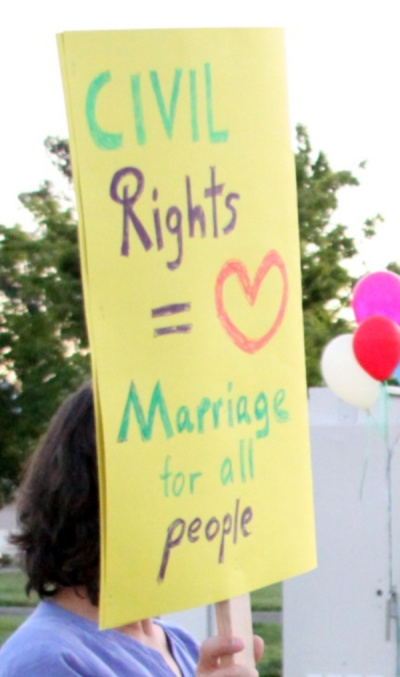 gay-rights-sign1