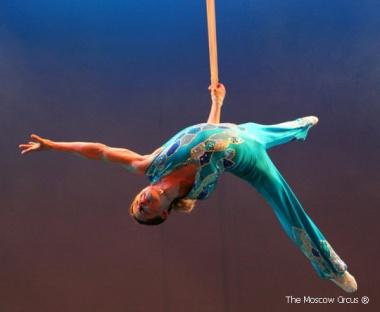 russian-acrobat-2