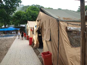 tent-111