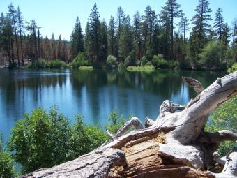 5_manzanita-lake
