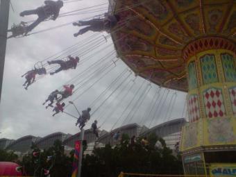 carousel-swing
