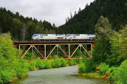 The Coast Starlight at North Fork of the Willamette River, by Wiki-media.