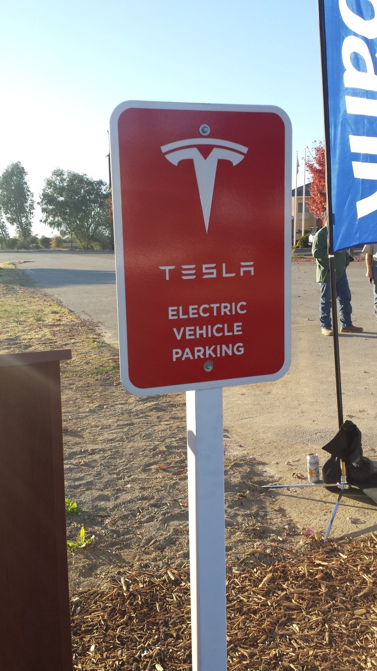 Tesla Charging Stations San Diego >> Tesla Expands Its Supercharger EV Highway Through the Northsate – anewscafe.com