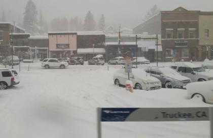 amtrak snowy truckee