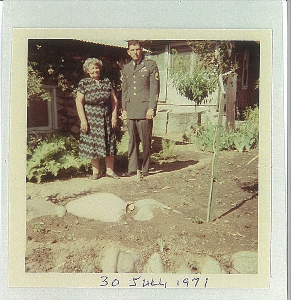 Mike Viscaino and his mother in 1940.