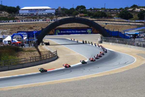 Tom Sykes, Chaz Davies and Jonathan Rea lead the field at the start of WSBK race 1.
