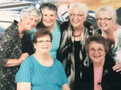 Karen - top row, third from the left - joiined her Monday Craft Group for a recent cruise.