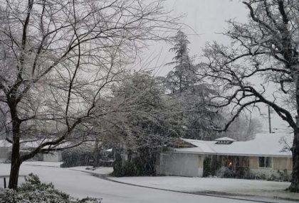 snow-lincoln-street-jan-7-2017
