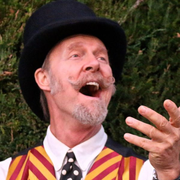 Joe Craven appears at the Pilgrim Congregational Church in Redding on Saturday, March 18 as part of the Oaksong Music Society's concert series.
