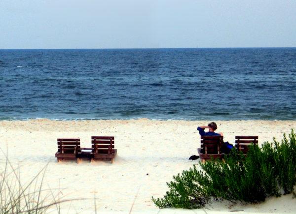 morguefile beach chairs